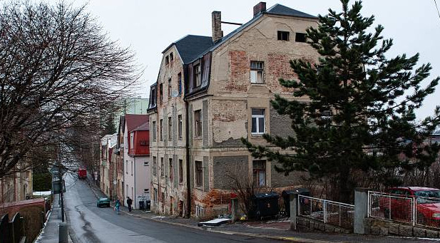 Liberec vyhlásil stop kšeftu s doplatky na bydlením