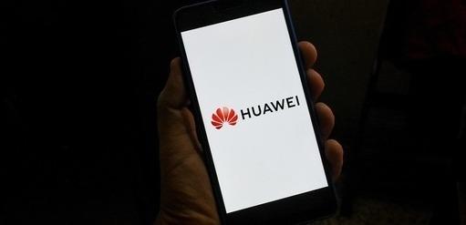 Huawei dostane další tříměsíční výjimku. V USA může nakoupit