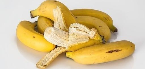 Pracovníci přístavu objevili v zásilce banánů kokain za miliony