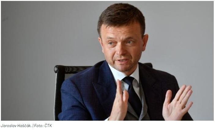 Někdo poslal slovenským médiím 39 hodin záznamu ke Gorile, Penta se obrátí na soud