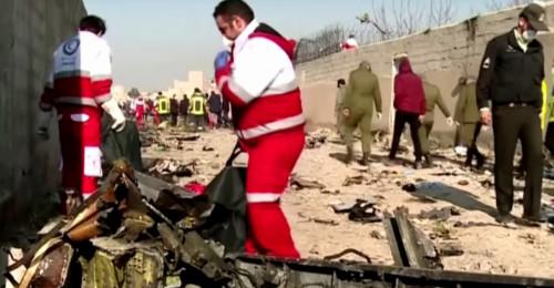 Ukrajinské letadlo zasáhly dvě střely, ukazuje video z bezpečnostní kamery