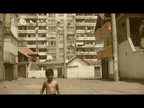 In the Ghetto. The Roma of Stolipinovo  – V ghettu. Romové ze Stolipinova (celý dokument)